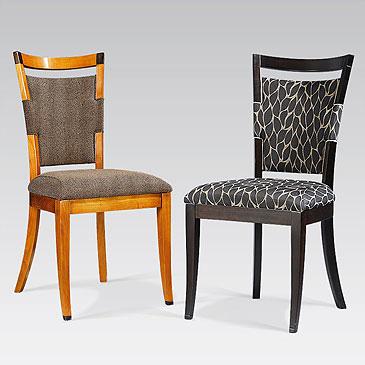 La salle manger les tissus se mettent table for Housses de chaises en tissu