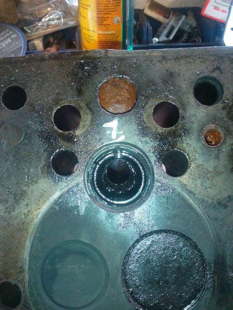 Massey ferguson 835 etroit for Chambre de combustion moteur diesel